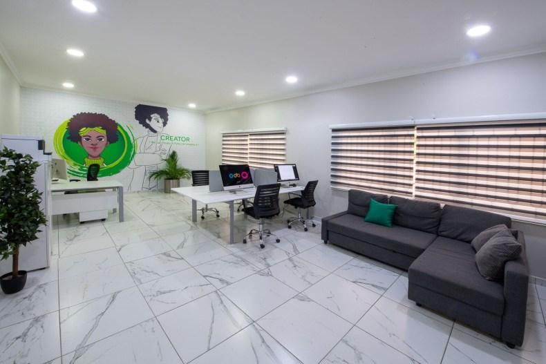 Inside View of Dare Art Alade Deola Art Alade Livespot Multi Million Dollar Office In Lagos 05