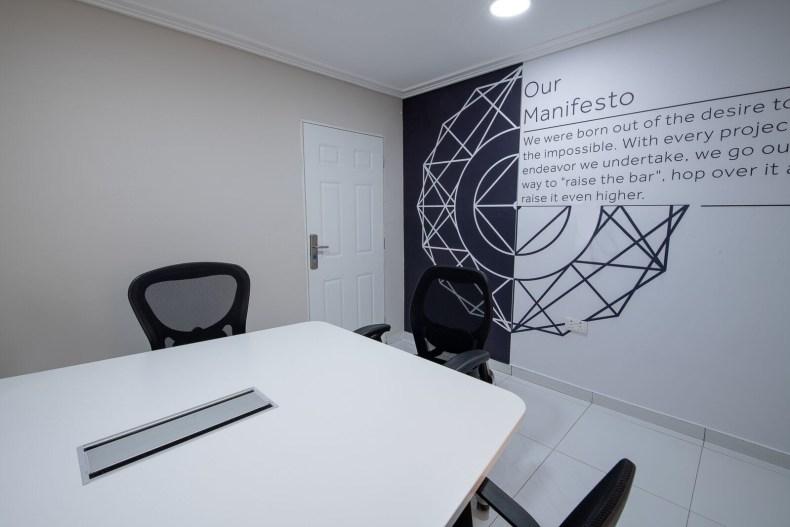 Inside View of Dare Art Alade Deola Art Alade Livespot Multi Million Dollar Office In Lagos 12
