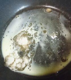 バター・三温糖(砂糖)