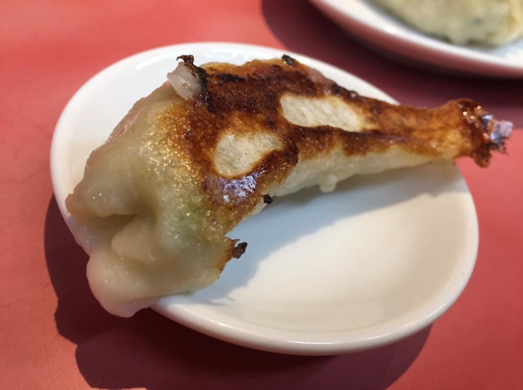 上野広小路「中華珍満」 焼き餃子