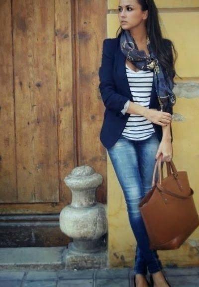 blazer-outfit-navy-stripes