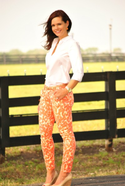 Coral-Jeans-White-Shirt