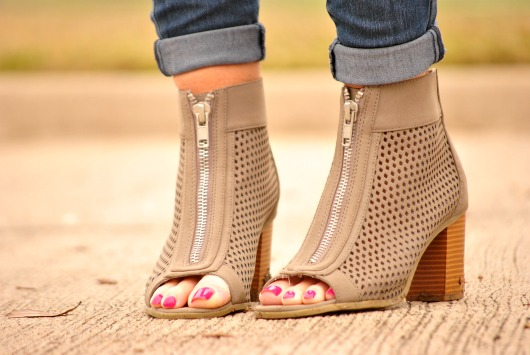gray-ankle-boots