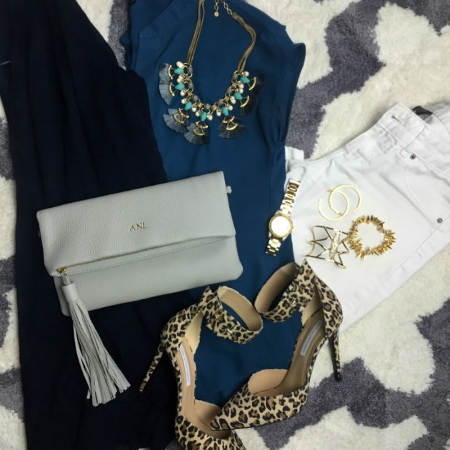 white-jeans-teal-blouse