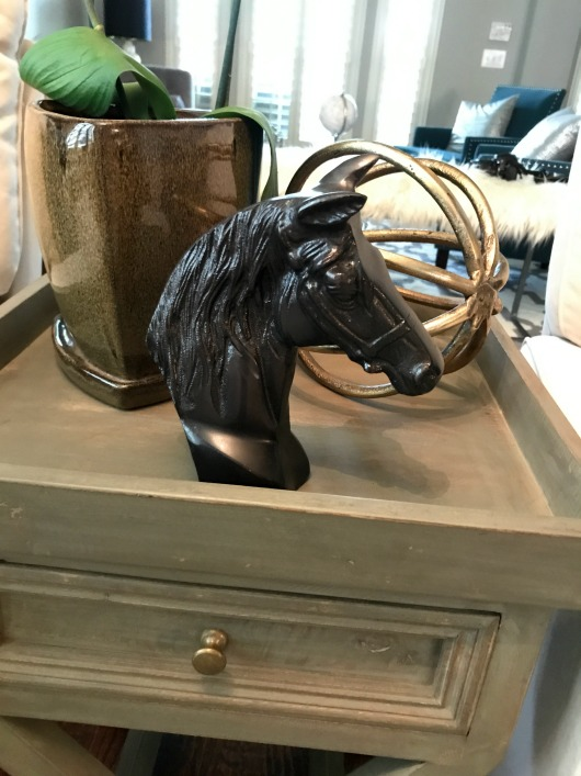 horse-figurine