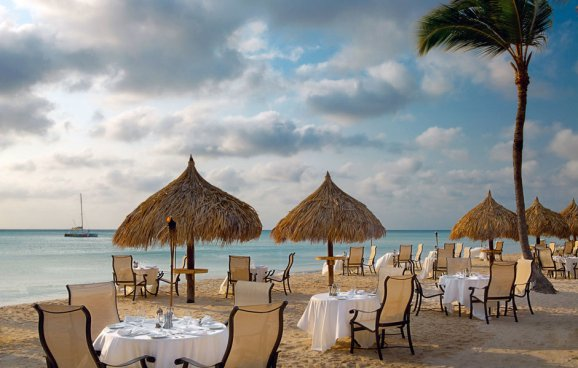 beach-beachfront-coast-dining