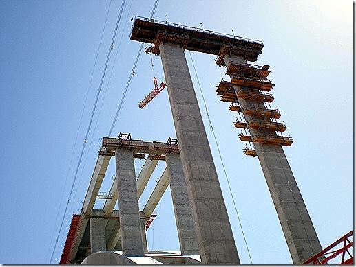 Hoover Dam Bridge uprights