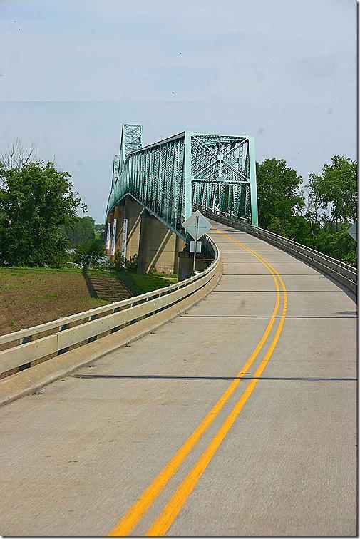 us 60 mississippi river bridge 3