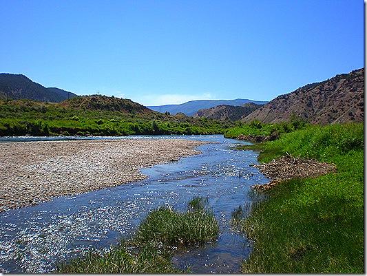 Eagle River in Colorado 4