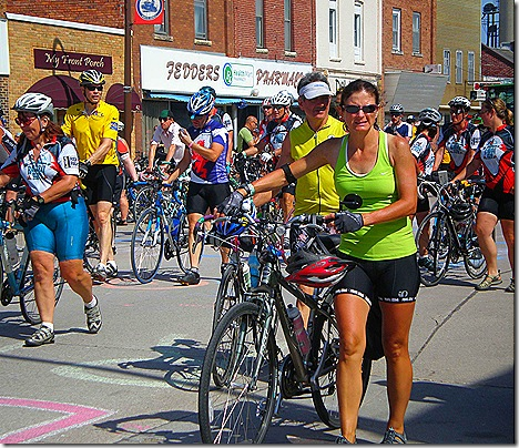 Ragbrai crowd 4