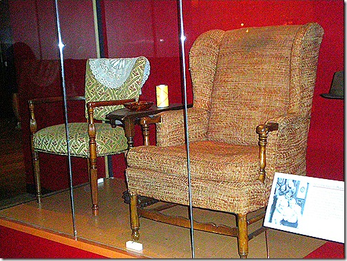 Archie Bunker chair