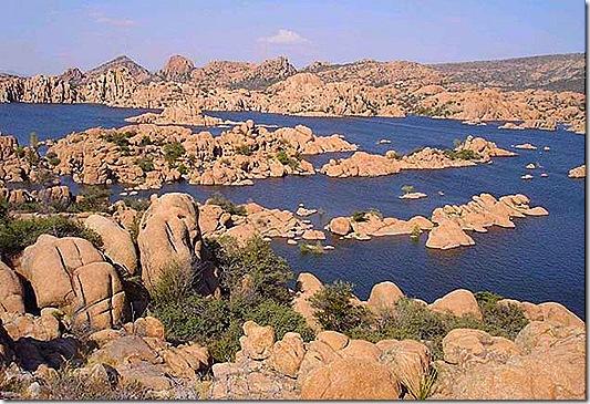 Granite Dells lake