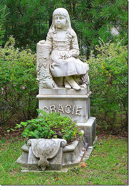 Gracie monument