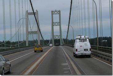 Tacoma Narrows bridge lanes