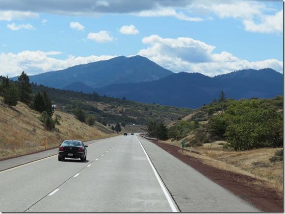 I5 Oregon Mountains 2