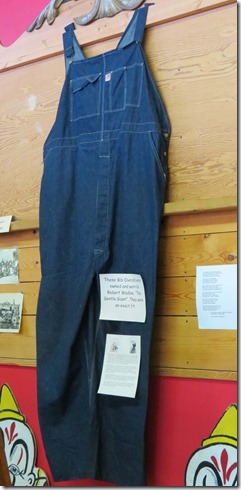 Robert Wadlow overalls