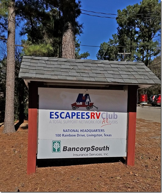Escapees sign