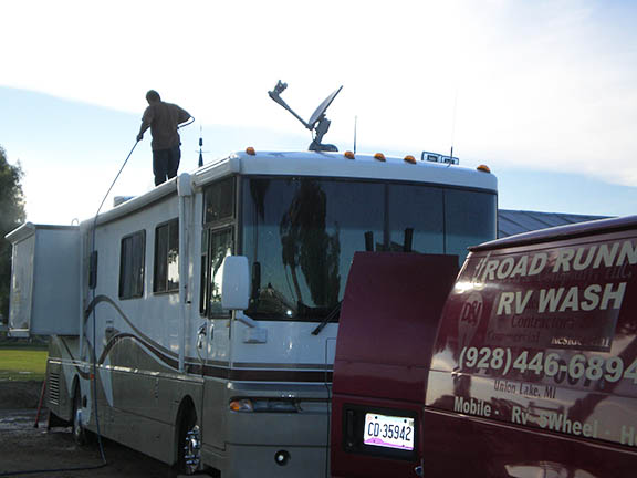 Rv washing gypsy journal rv travel newspaper another option is to find a do it yourself car wash with a bay high enough to accommodate your rv you will have to do it in sections pulling in enough to solutioingenieria Images