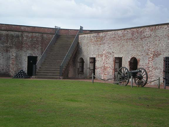 Fort Macon cannon 2