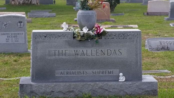 Wallenda grave 2 small