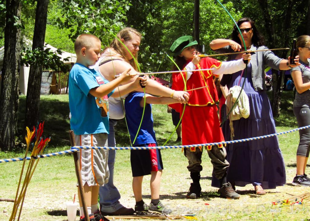Archery Olde English Renaisance Wildlife Priaire