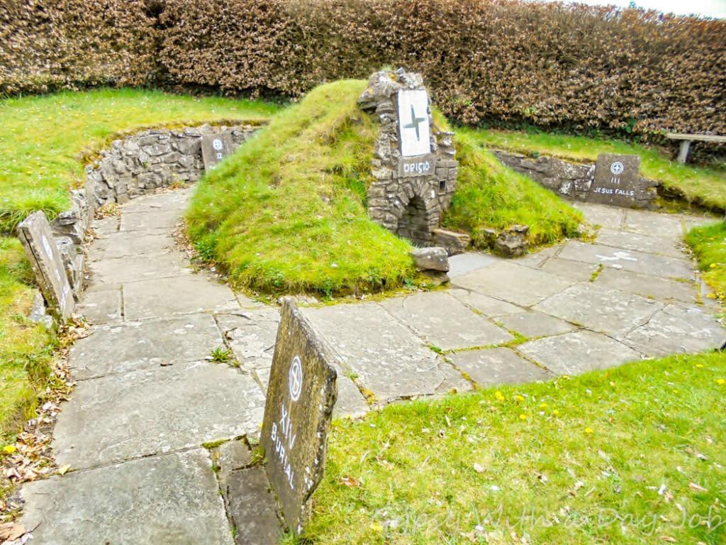 Exploring Irish countrysie magic.