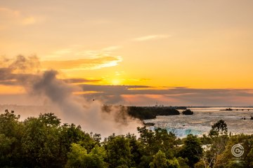 Sunrise at Niagara Falls