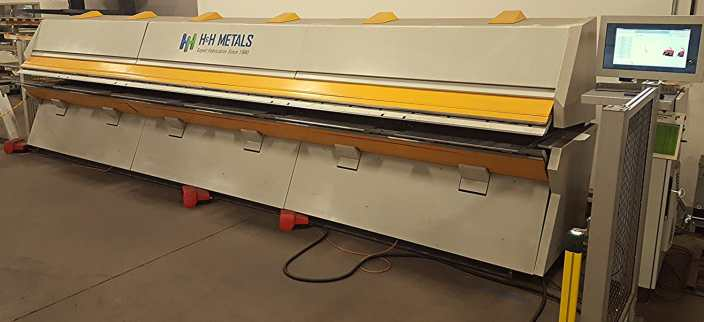 Metal Folding Machine - Sheet Metal Bending