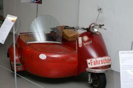 Lohner_Rapid_200_mit_Beiboot_1957