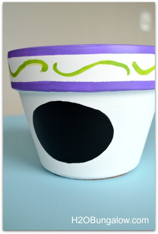 Painted-Mothers-Day-Gift-Planter-H2OBungalow