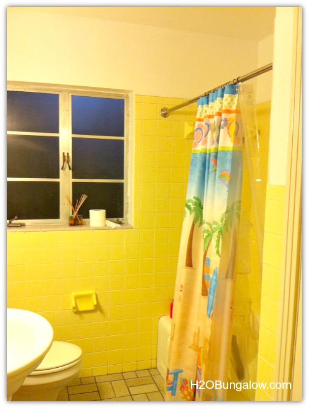 Small-Home-Small-bath-makeover-H2OBunglow