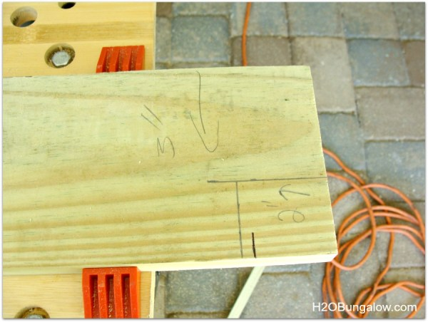 Tutorial-How-To-Make-A-Bench-From-A-Headboard-H2OBungalow