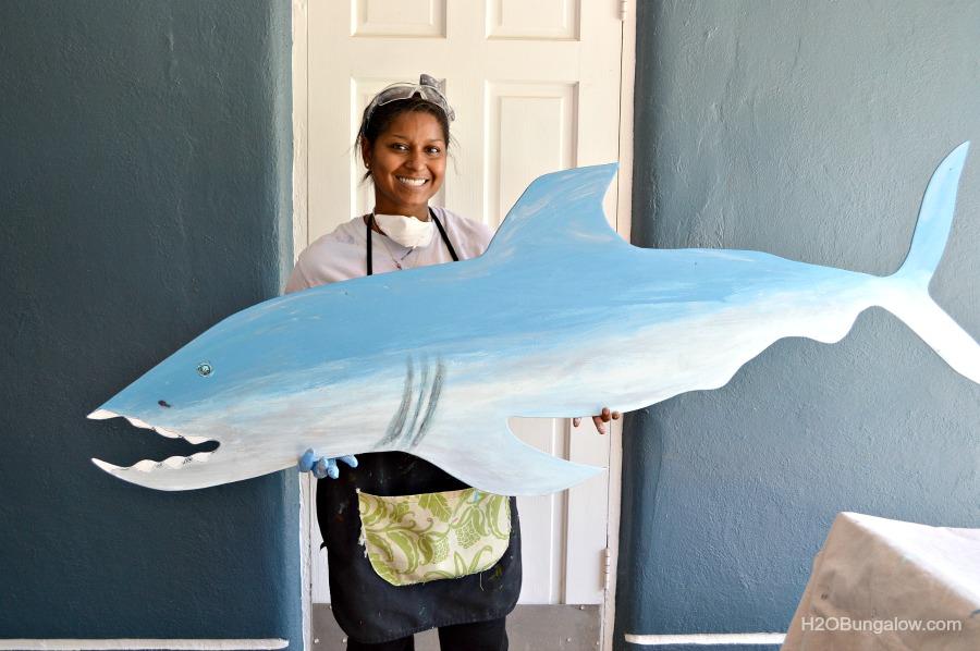 DIY-Wood-Cut-Out-Shark-H2Obungalow