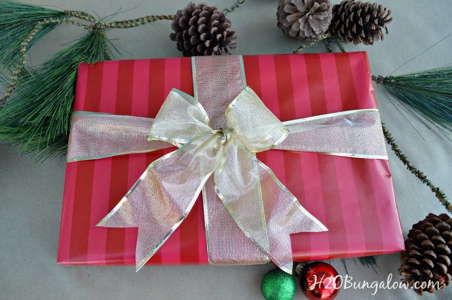 How-to-wrap-presents-like-a-pro-H2OBungalow