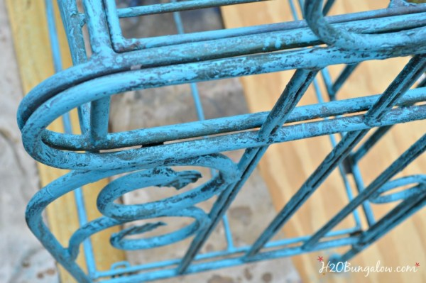 Create-aged-blue-patina-on-bakers-rack-H2OBungalow