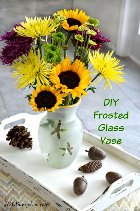 Elegant and simple, this DIY frosted glass vase was made from a plain vase , glass frosting and gold paint. Tuorial. Perfect for all seasons. www.H2OBungalow.com #DIY #homedecor
