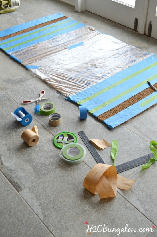 Quick-and-easy-DIY-painted-doormat-H2OBungalow