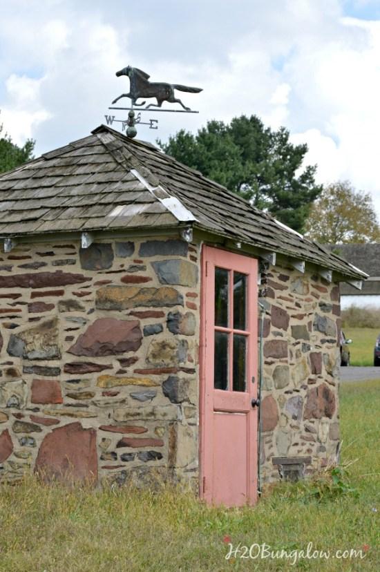 old-stone-smokehouse-h2obungalow