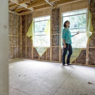 4 remodeling safety tips everyone should use when planning a home improvement project. Whether it's a DIY project or you're hiring help these are a must.