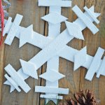 Tutorial to make a DIY wooden snowflake. Easy to make large or small wood snowflake as holiday decor or snowflake ornament.