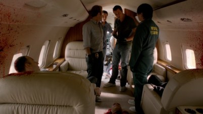 LOL'ing at Alex being the only one not able to stand up straight in the plane.