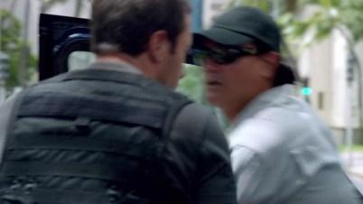 Hi Jeff!! McG just carjacked Jeff Cadiente, our favorite stunt director and pic tweeter!