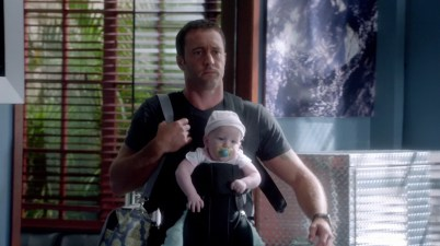 Steve McGarrett making the Baby Bjorn BAMF.