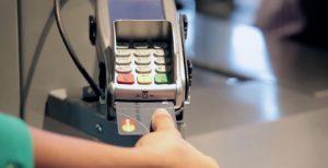 Reconnaissance d'empreinte digitale via la carte bancaire biométrique de MasterCard