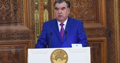 """""""Таджикистан достиг высших ценностей в истории страны"""", — Рахмон."""