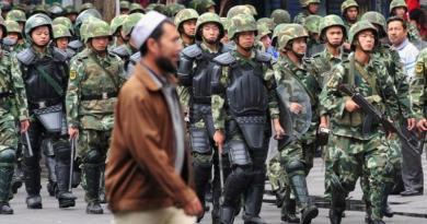 Власти Китая создают гетто для мусульман-уйгуров