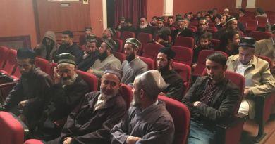 Таджикских имам-хатибов опять отправили в театр