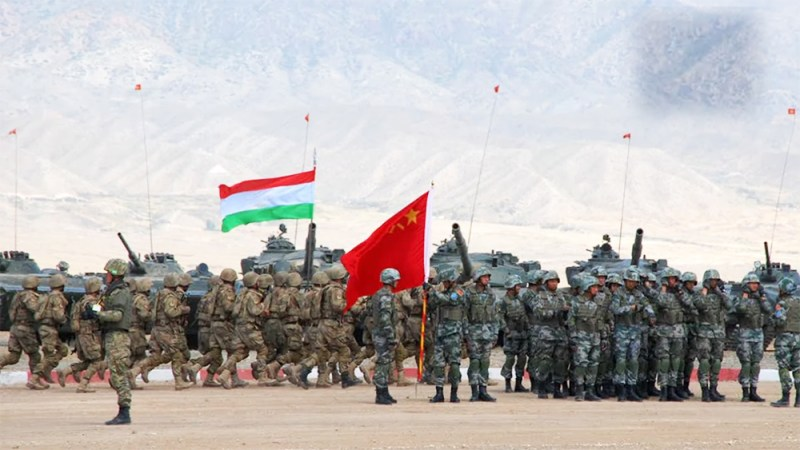 Китайская экспансия в Таджикистане: теперь и военная