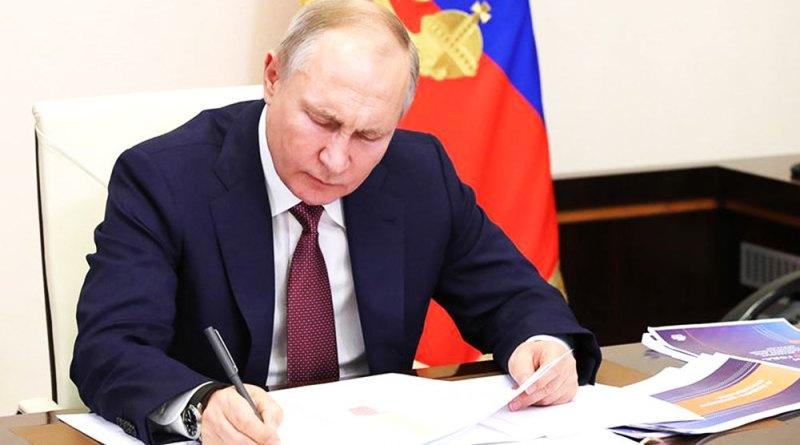 Россия снова усложнит жизнь трудовым мигрантам