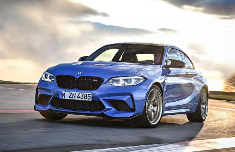 BMWnin yeni model araçları Los Angeles Otomobil Fuarı'nda tanıtıldı